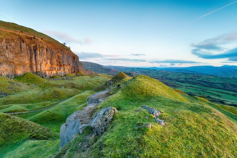 La escarpa de Llangattock en País de Gales fotos de archivo libres de regalías