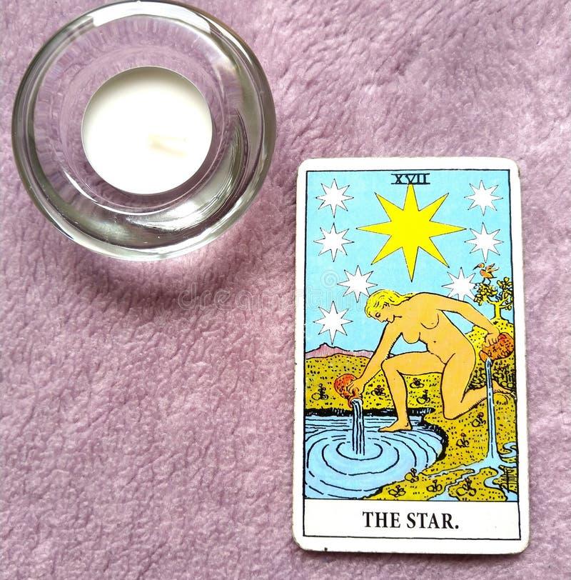 La esperanza de la carta de tarot de la estrella, felicidad, oportunidades, optimismo, renovación, espiritualidad fotos de archivo libres de regalías