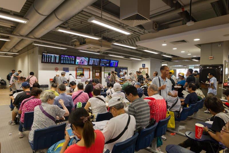 La estación de carrera de caballos comienza en Hong Kong fotos de archivo libres de regalías