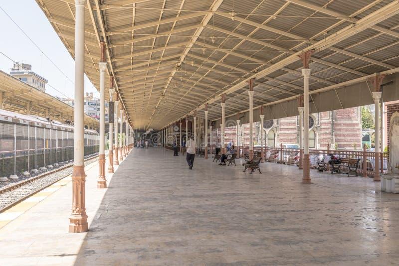 La estación de tren expreso famosa de Oriente y en Estambul imagen de archivo