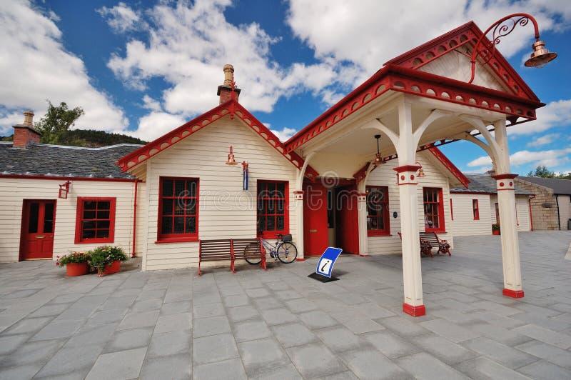 La estación real anterior en Ballater, Escocia imagenes de archivo