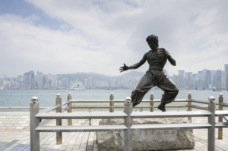 La estatua de Bruce Lee imagen de archivo libre de regalías