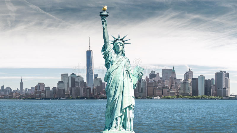 La estatua de la libertad, señales de New York City fotos de archivo libres de regalías