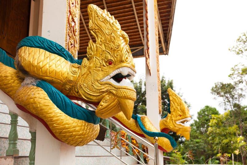 La estatua de la serpiente o de la serpiente llamó a Dragon, estatua del Naga imagen de archivo libre de regalías