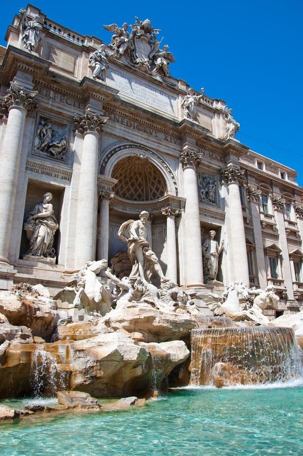 La estatua de Neptuno. Fuente del Trevi en Roma, Italia. imagen de archivo libre de regalías