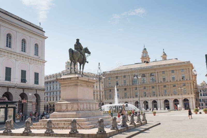 La estatua ecuestre de Giuseppe Garibaldi en Génova imágenes de archivo libres de regalías