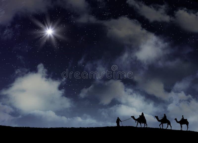La estrella de Bethlehem en una noche nevosa imagen de archivo libre de regalías