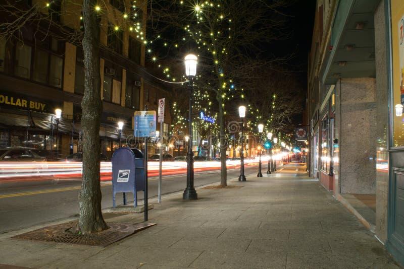 La estrella larga de la exposición estalla y enciende rastros en Lowell foto de archivo libre de regalías