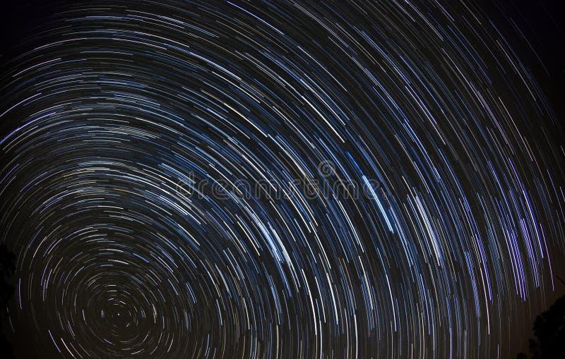 La estrella se arrastra (90 minutos) foto de archivo