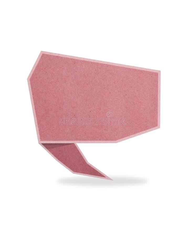 La etiqueta roja de la charla recicló el palillo del arte de papel en b blanco fotografía de archivo