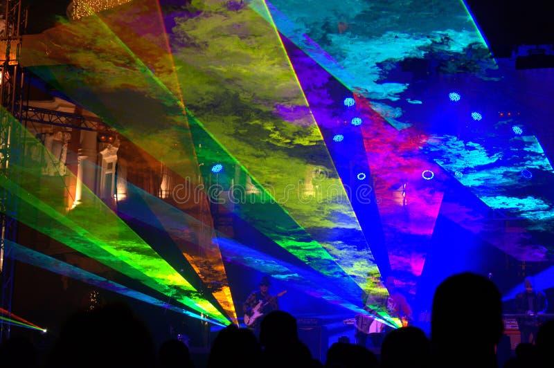 La euforia de Noche Vieja en el cuadrado fotos de archivo libres de regalías
