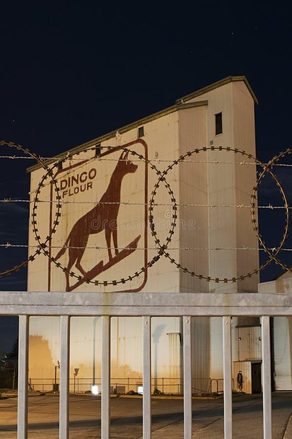 La fábrica vieja de la harina del dingo imagen de archivo libre de regalías