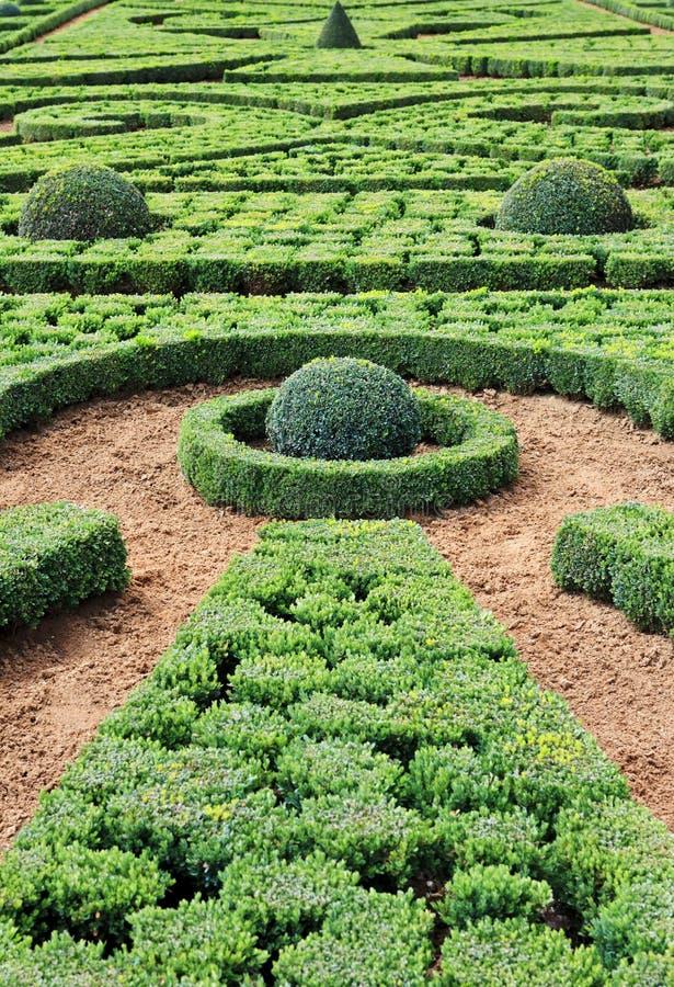 la för slottfrancaisefrance trädgårds- hautefort royaltyfria foton