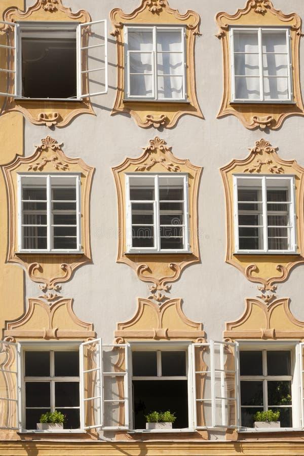 La façade de la maison de naissance de Mozarts à Salzbourg, Autriche photographie stock libre de droits