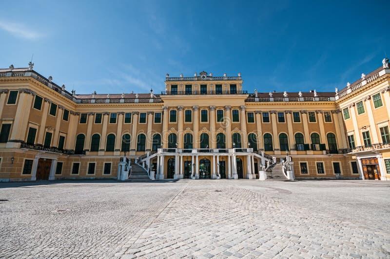 La façade du palais de Schonbrunn à Vienne image stock