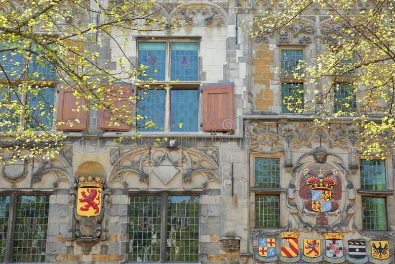 La façade externe de Gemeenlandshuis van Delfland, une maison privée gothique construite en 1505 et située sur Oude Delft numéro  photo libre de droits