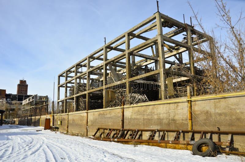 La fabbrica distrutta 2 immagini stock libere da diritti