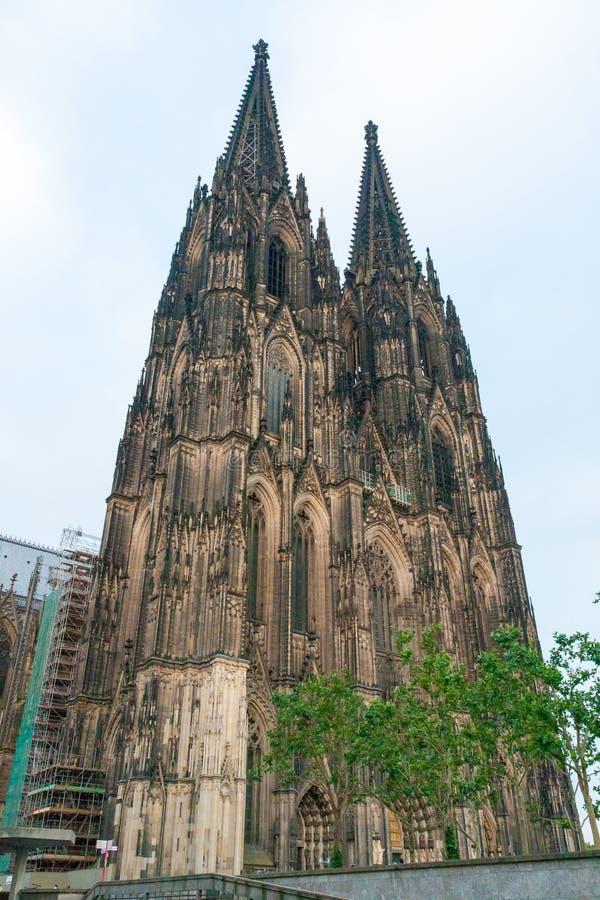 La facciata della cattedrale di Colonia in Germania immagine stock
