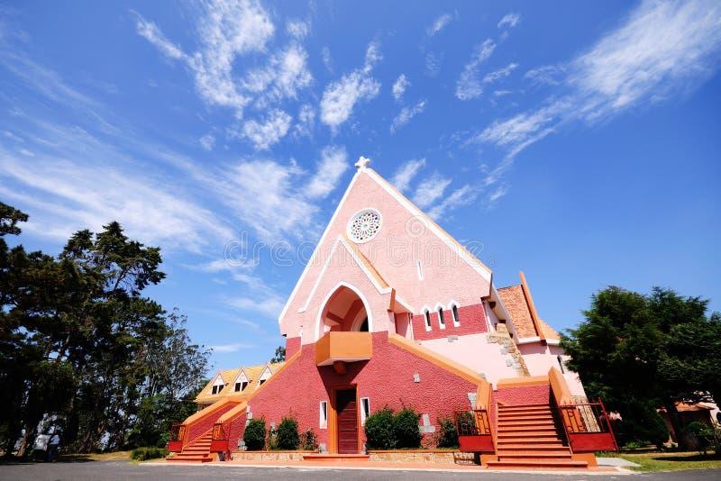 La fachada de la iglesia de Domaine en Vinhlong, Vietnam fotos de archivo