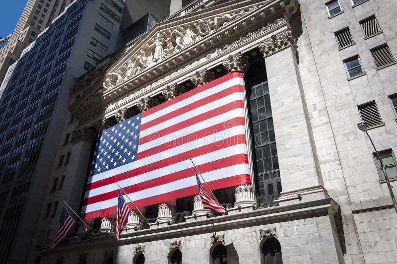 La fachada de New York Stock Exchange en Wall Street, New York City foto de archivo