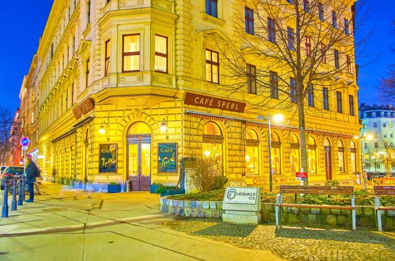 La fachada del café Sperl en Viena, Austria imagenes de archivo