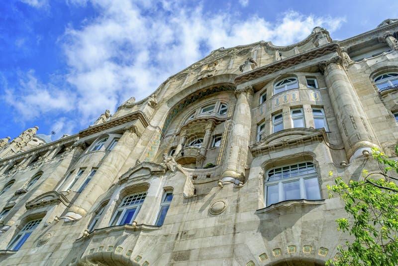 La fachada del hotel famoso en Budapest fotografía de archivo libre de regalías