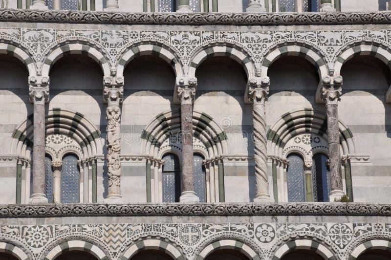 La fachada del San Micaela en Foro en Luca fotos de archivo