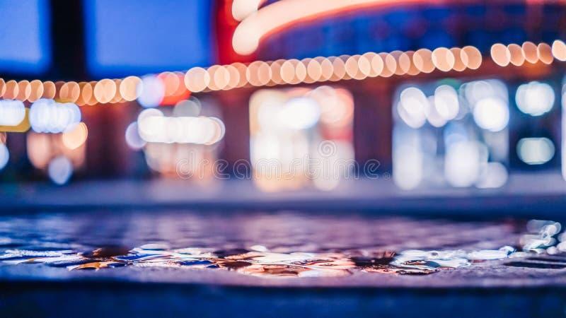 La falta de definición enfocó luces abstractas urbanas de la ciudad del bokeh de la textura imágenes de archivo libres de regalías