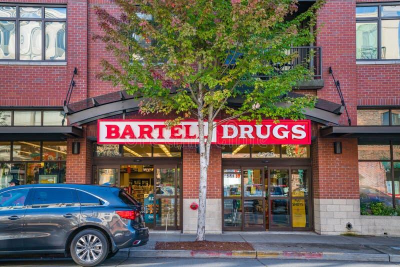 La famiglia delle droghe di Bartell ha posseduto il minimarket a Seattle Washington immagine stock libera da diritti