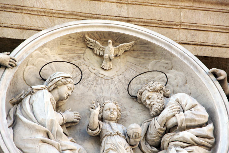 La familia santa, Barroco, mármol, roundel fotografía de archivo
