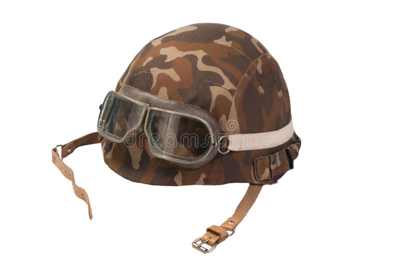 La fanteria meccanizzata dell'esercito sovietico ha cammuffato il casco con gli occhiali di protezione isolati su bianco fotografia stock libera da diritti