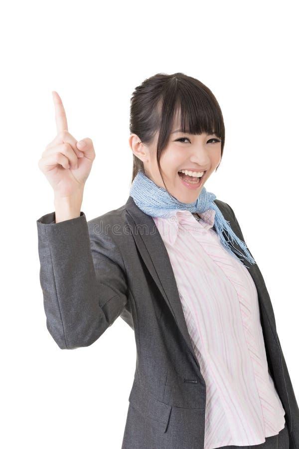 La femme asiatique d'affaires pensent et ont une idée photo stock
