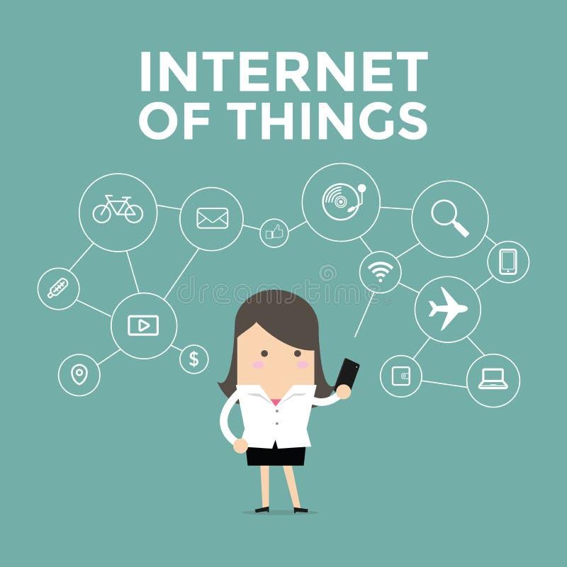 La femme d'affaires tenant le téléphone portable s'est reliée aux divers objets, Internet des choses illustration de vecteur