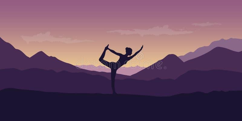 La femme fait la pose de yoga au beau paysage de nature de montagne pourpre illustration de vecteur