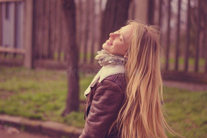 La femme la plus heureuse image libre de droits