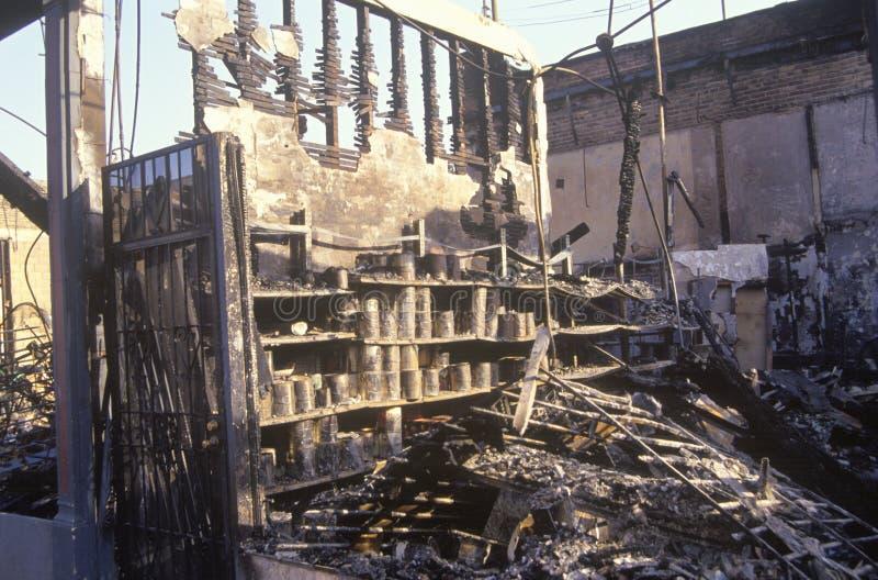 La ferretería quema durante 1992 alborotos, Los Ángeles central del sur, California imágenes de archivo libres de regalías