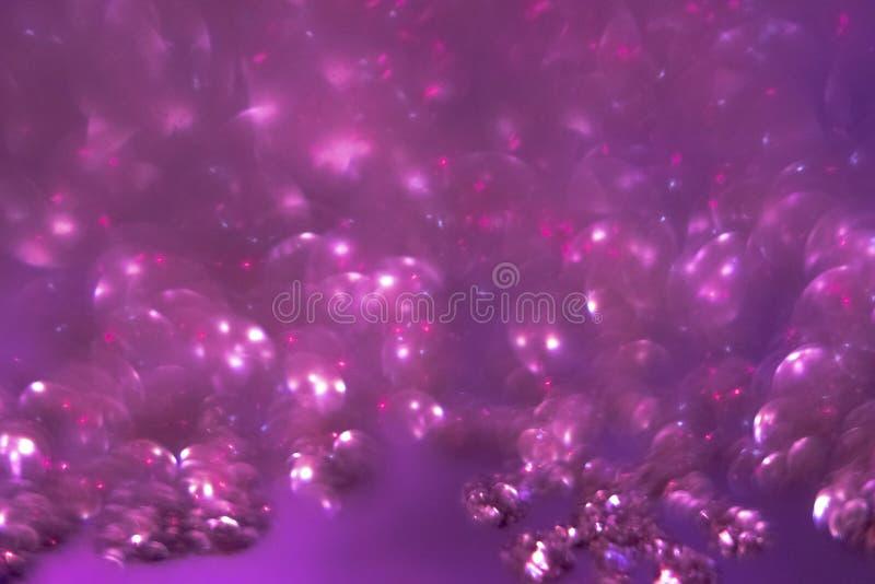 la festa lilla ha offuscato il bokeh Immagine di sfondo astratta di Natale fotografia stock libera da diritti