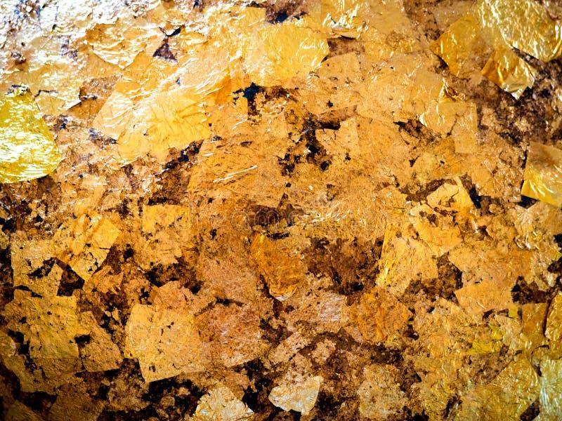 La feuille d'or de dorure aux pierres rondes a enfoncé 01 images stock