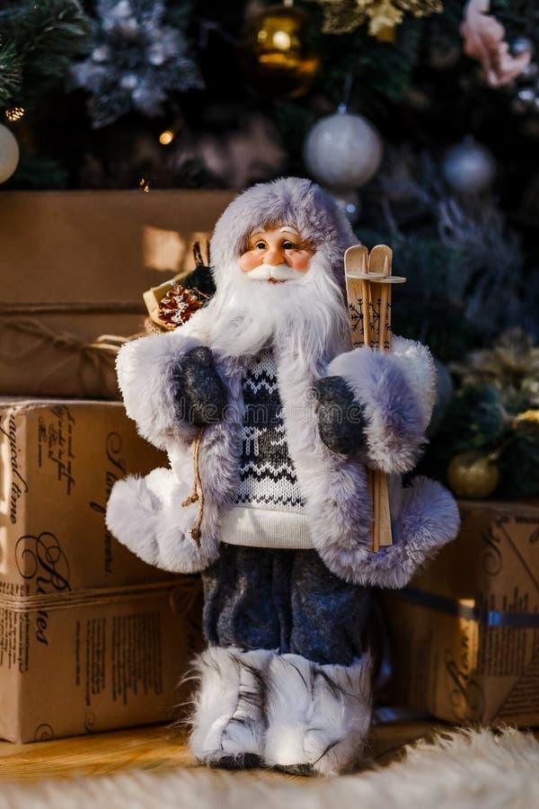 La figurine du Père Noël images libres de droits