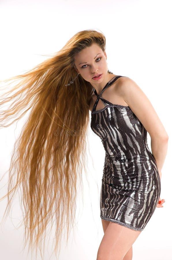 La fille avec le long cheveu photographie stock libre de droits
