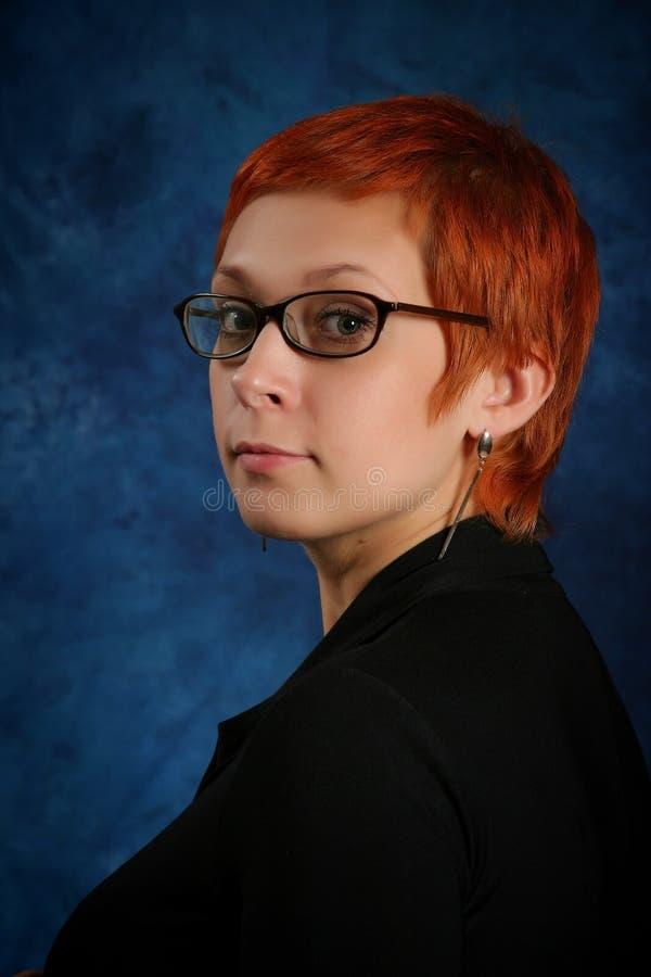 la fille avec les cheveux rouges images libres de droits
