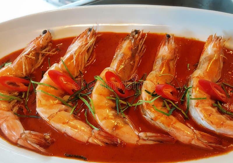 La fin de plateau de préparation de fruits de mer, buffet de fruits de mer, fruits de mer mangent le restaurant photo stock