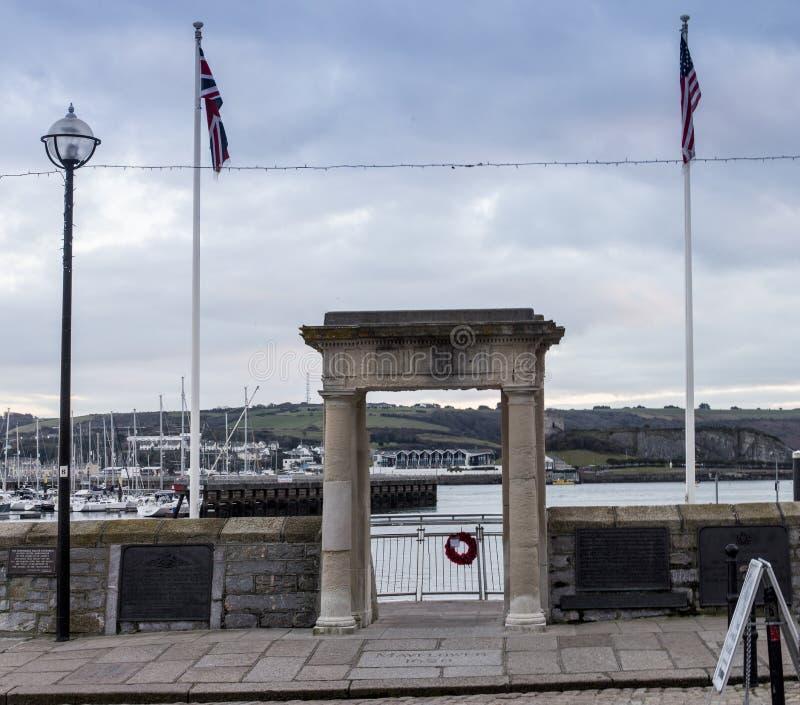 La fleur printanière fait un pas port de Plymouth photographie stock libre de droits