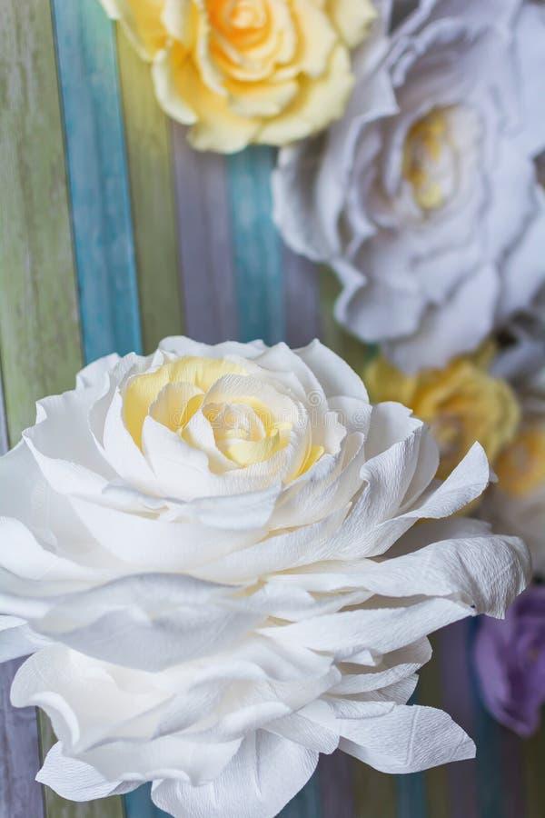La flor en el fondo foto de archivo