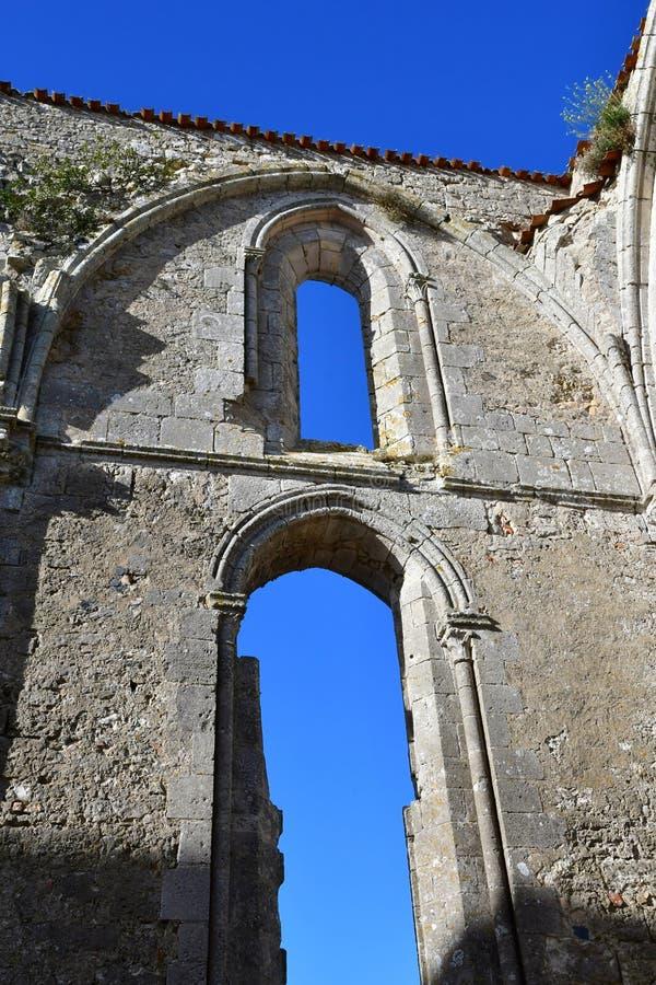 La Flotte, Frankrike - september 25 2016: Notre Dame de Re cisterc royaltyfri fotografi
