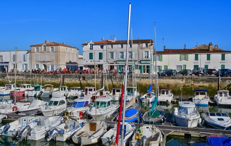 La Flotte, Frankrike - september 25 2016: pittoresk by i a arkivbild