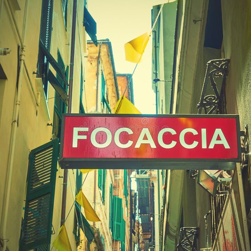 La focacce signent dedans la rue à Gênes images libres de droits