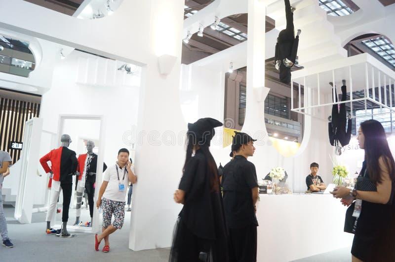 Download La Foire Commerciale De Quinzième De La Chine (Shenzhen) De Marque Habillement International D'habillement Photo éditorial - Image du promotions, porcelaine: 56479141