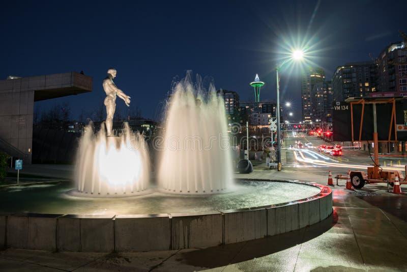 La fontaine de père et de fils à la sculpture olympique se garent photographie stock libre de droits