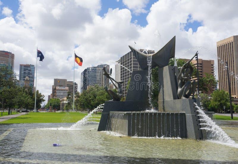 La fontaine de trois rivières commémore la visite de la Reine Elizabeth II et duc d'Edimbourg en 1963 à la place de Victoria photos libres de droits